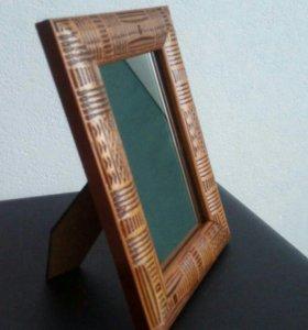 Зеркала в рамках