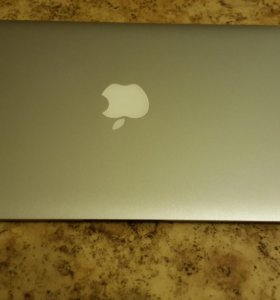 Apple macbook air A1370 (i5, 120 Gb, 4 Gb RAM)