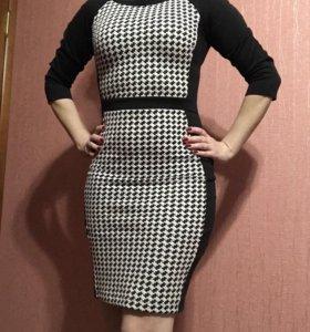 Платье бренд 42-44