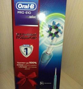 Электрическая зубная щетка Oral-b Pro 610