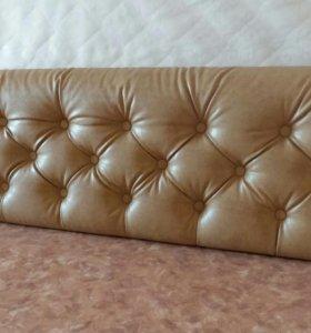 Кровать с мягким изголовьем с кареткой стяжкой
