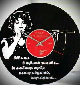 """Подарок меломану. Часы """"Земфира""""."""