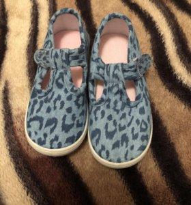 Детсий обувь Mothercare новые