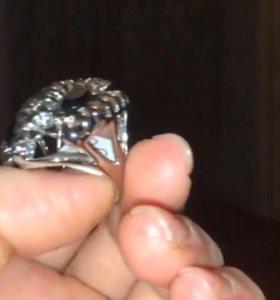 кольцо-три сороконожки