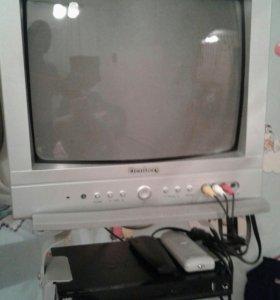 Телевизор+дивиди и кронштейн