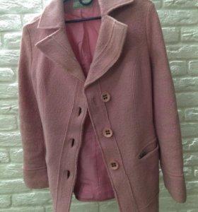Пальто розовое XS