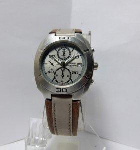Часы хронограф Lorus YM92-X062.