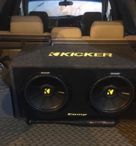Продам Kicker DCWS102