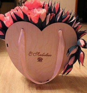 Сладкий подарок , цветы из конфет