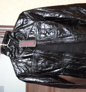 Куртка кожаная лаковая р. 44