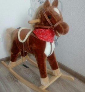 Лошадь-качалка (как настоящая)