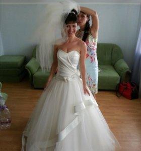 Свадебное платье от дизайнера Dimitrius