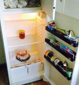 """Холодильник ( б/ у) """" Полюс"""""""