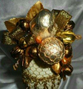 Подарочная композиция из конфет