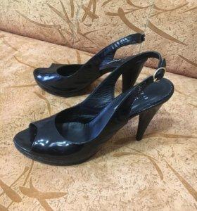 Туфли Обмен на цветок или продам