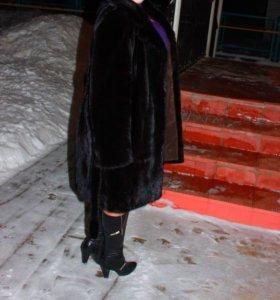 Шуба норковая 54 размера Греция черная