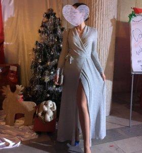 Серебряное вечернее платье-халат