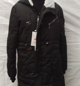 Продам оптом женские куртки.