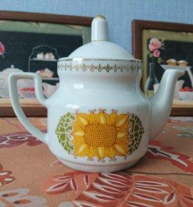 Комплект: заварочный чайник и сахарница