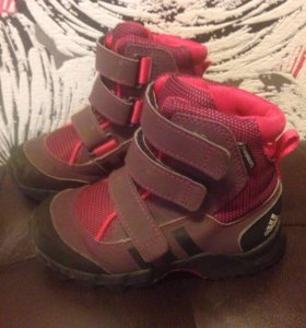 Ботинки Адидас 25