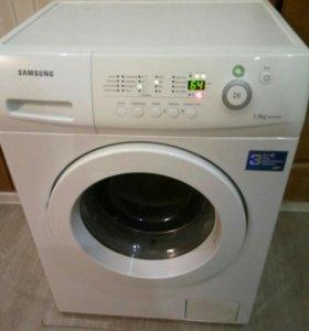 Стиральная машина Самсунг (5кг).