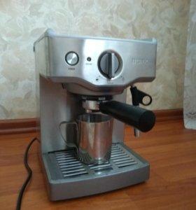 Кофемашина BORK c -700