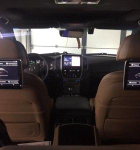 Автозвук в Toyota Land Cruiser 200
