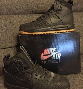 Кроссовки Nike Air Lunar