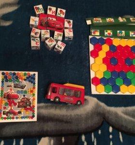 Игрушки( мозаика, кубики, автобус) цена одного