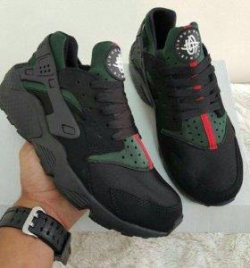 Кроссовки Nike Air huarache Gucci