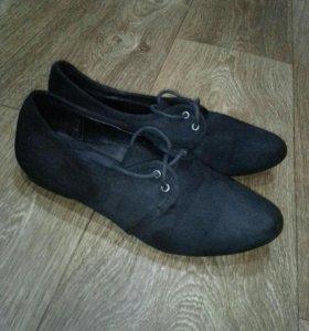 Туфельки на шнуровке