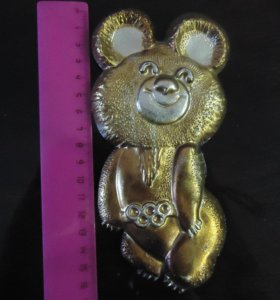 фигурка олимпийского мишки