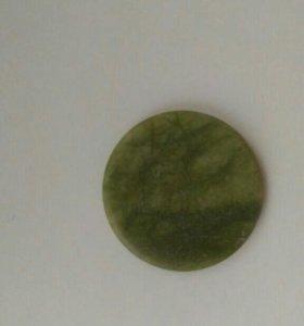 Нефритовый камень под клей для наращивания ресниц