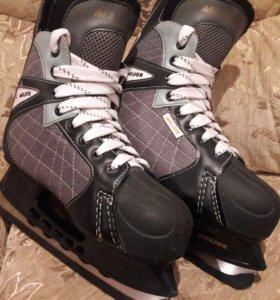 """Хоккейные коньки """"MELIOR"""""""