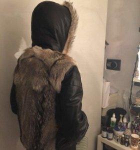 Зимняя куртка комбинированная мехом волка
