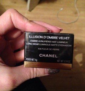 Тени для век Chanel