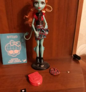 Monster High- Лорна МакНесси