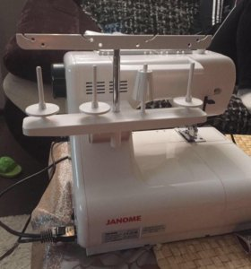 Швейная распошивальная машинка