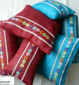 Комплект из трех подушек для интерьера