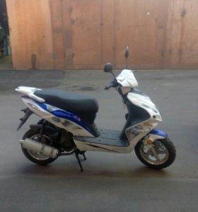 Скутер Leike
