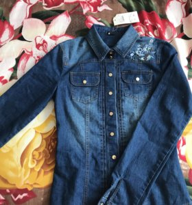 Новая джинсовая рубашка