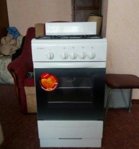 Газовая плита с жаровочным шкафом, новая. Торг