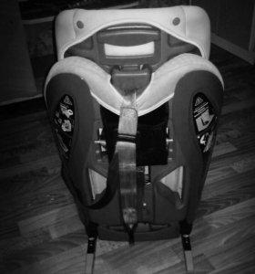 Автокресло с isofix креплением 9-18 кг