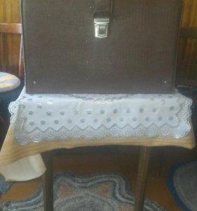 Швейная машинка с электроприводом ЧАЙКА-3.