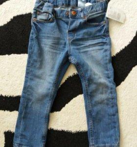 Новые джинсы с этикеткой H&M