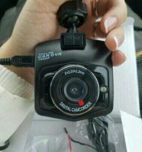 Full HD автомобильный видеорегистратор