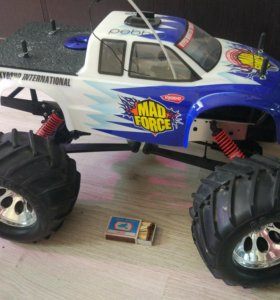 RC модель Kyosho Mad Force
