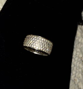Кольцо серебро. Р.17 С фианитами.