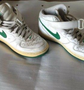 Оригинальные кроссовки Nike Air БУ