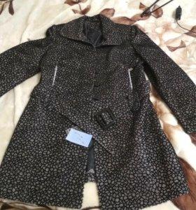 Пальто женское 50 размер